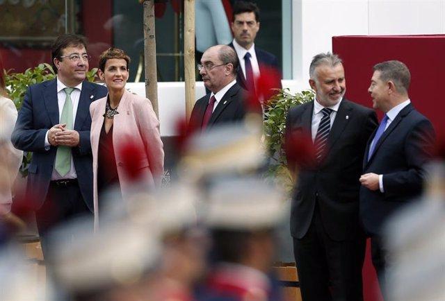 El presidente de la Junta, Guillermo Fernández Vara, en la celebración del Día de la Fiesta Nacional