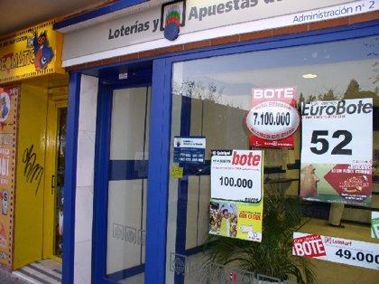 El segundo premio de 250.000 euros de la Lotería Nacional toca en Paterna de Rivera