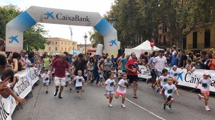 Cerca de 9.000 personas participan este domingo en la XVI edición de la Zafiro Palma Marathon