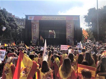 """Cs denuncia una agresión """"por motivos ideológicos"""" a dos militantes tras la manifestación del 12 de octubre en Barcelona"""