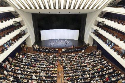 El público llena la Sala Principal en la primera sesión de 'Matins a Les Arts'