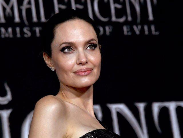 Angelina Jolie en la premiere de 'Maléfica: Maestra del Mal'
