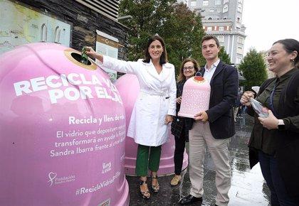 Santander vuelve a sumarse a la campaña 'Recicla vidrio por ellas' para luchar contra el cáncer de mama