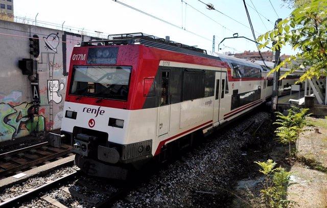 Un tren de servei de Rodalies Renfe