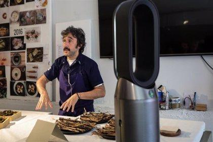 Dyson pone a prueba su purificador Dyson Pure Hot+Cool en la cocina del chef Diego Guerrero