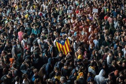 Una decena de heridos en las protestas en el Aeropuerto de Barcelona