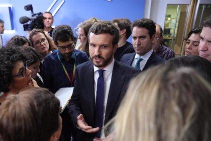 El PP denuncia falta de neutralidad en TVE: Corta la intervención de Casado sobre el procés para emitir una de Colau