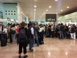 AMPLIACIÓ:67 vols cancel·lats a l'aeroport del Prat amb motiu de les concentracions en contra de la sentència de l'1-O (ACN)