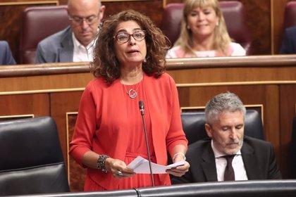 """Montero critica la """"poca ambición"""" del Gobierno andaluz en el Presupuesto del 2020 y le acusa de """"vender humo"""""""