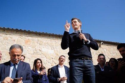Rivera pide al Gobierno que asuma las competencias penitenciarias catalanas para que los condenados cumplan sus penas