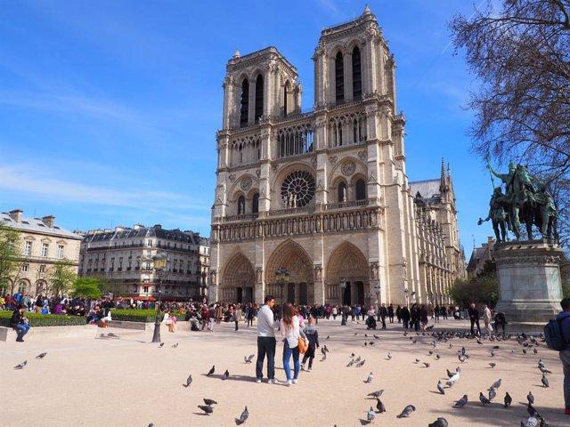 Francia.- Condenadas a penas de al menos 25 años de cárcel 5 mujeres que planear