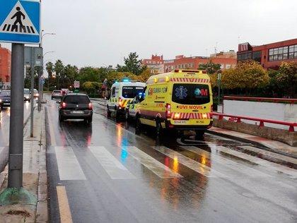 Atropellada una mujer en Alcorcón mientras portaba a su bebé en un carrito