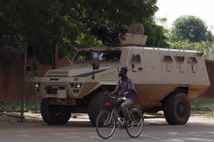 El gobernador de Sahel impone el toque de queda nocturno ante la creciente violencia en Burkina Faso
