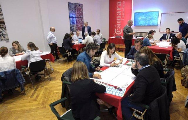 Reunión para desarrollar la economía circular