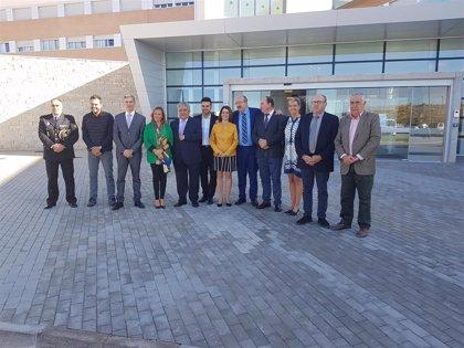 "El proyecto cooperativo de la residencia San Hermenegildo ""está en la vanguardia"" nacional, afirma Mayte Pérez"