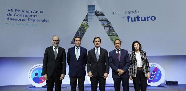 Economía/Finanzas.- Carlos Torres se reúne con Garamendi (CEOE) y los consejeros