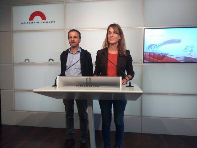 Jéssica Albiach i Jaume Asens (ECP) en roda de premsa