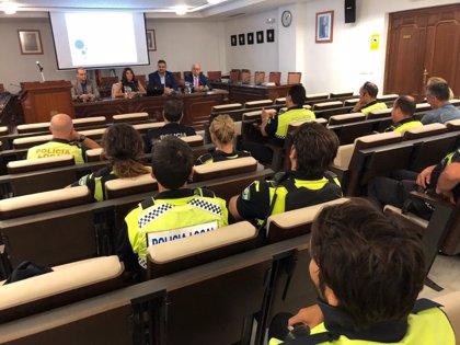 La Junta organiza un curso para que la Policía Local de Mijas (Málaga) detecte a guías turísticos clandestinos