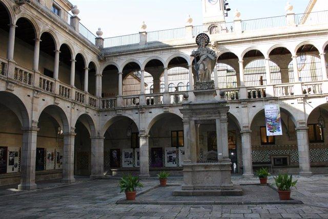 Claustre  Institut d'Estudis Catalans