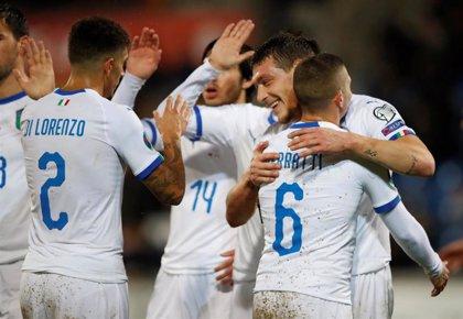 Italia mantiene su pleno y Finlandia se asienta en la segunda plaza