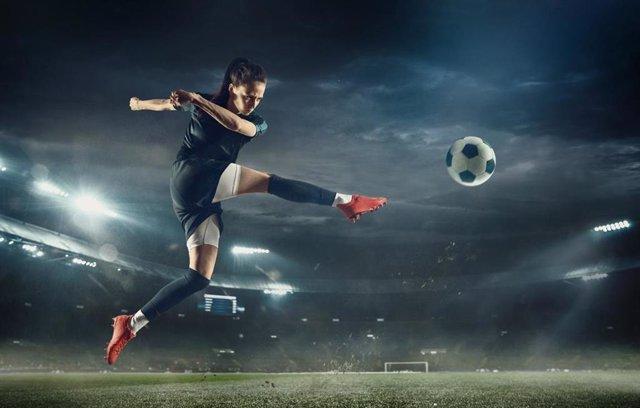 Fútbol.- Bloqueada la negociación del convenio colectivo del fútbol femenino