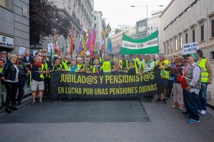 Pensionistas se concentran hoy ante el Congreso para pedir el blindaje de las pensiones en la Constitución
