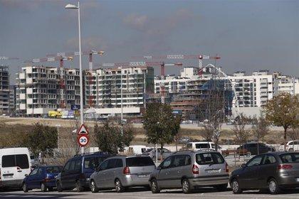 Los españoles destinan entorno al 30% de sus ingresos para adquirir una vivienda en Barcelona y Madrid