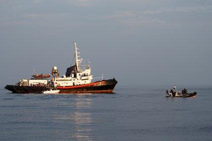 La Guardia Costera italiana traslada a Lampedusa a 180 migrantes rescatados