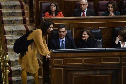 """Montero dice que el PSOE está """"full time"""" para ganar: """"Si alguien no está en eso se está equivocando"""""""