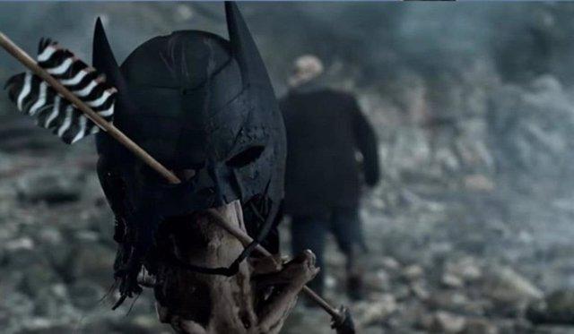 La máscara de Batman en un capítulo de Arrow