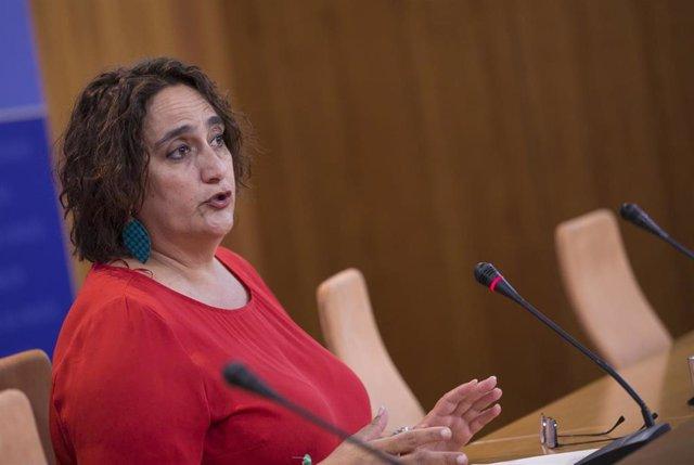 LA portavoz adjunta del grupo parlamentario de Adelante Andalucía, Ángela Aguilera, este miércoles en rueda de prensa