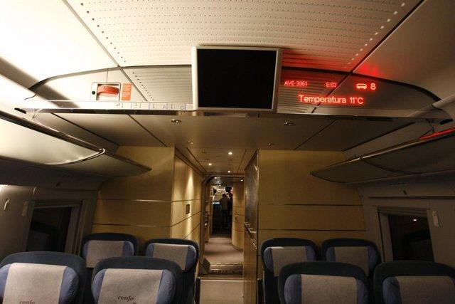 Un tren AVE Madrid -Barcelona, en una imatge d'arxiu