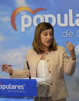 María José Sáenz de Buruaga en rueda de prensa