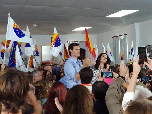 El president de Cs, Albert Rivera, i la portaveu al Congrés, Inés Arrimadas