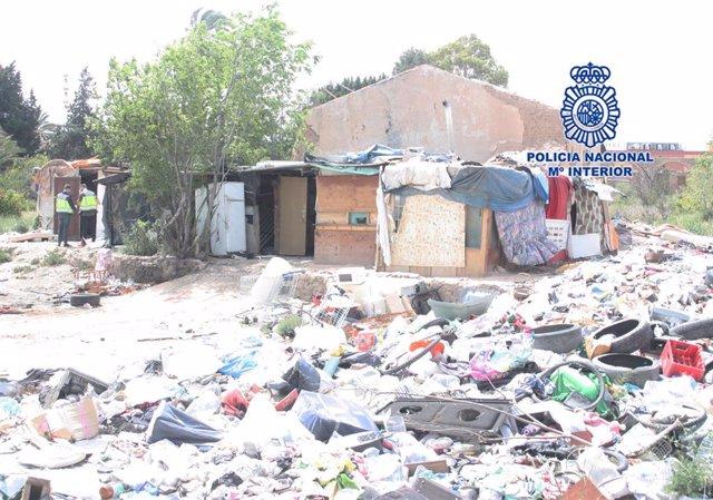 La chabola donde vivían los siete jóvenes retenidos