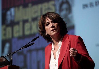 """Celaá y Delgado elogian a las mujeres republicanas en el exilio, que """"llenan las páginas no escritas de la historia"""""""