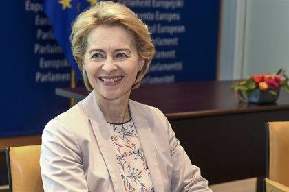 La Eurocámara aplaza sin fecha el voto de la nueva Comisión Europea por el bloqueo de los candidatos