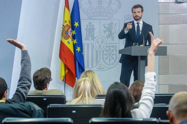 El president del PP, Pablo Casado en roda de premsa La Moncloa després de la seva reunió amb el president del Govern central en funcions, Pedro Sánchez, a Madrid (Espanya), a 16 d'octubre del 2019