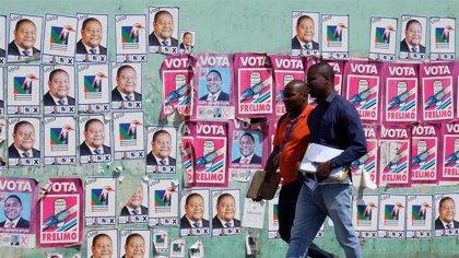 Muere una persona tiroteada por la Policía durante el recuento de las elecciones en Mozambique