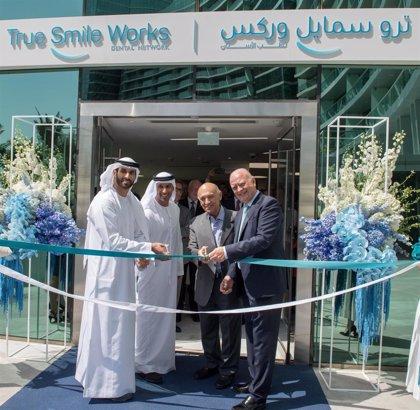 La red dental del Grupo ASISA y Faisal Holding abren su primera clínica en Emiratos Árabes Unidos