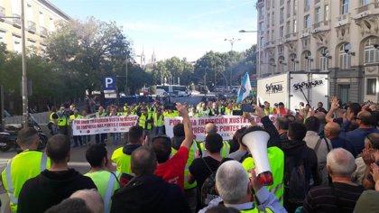 Trabajadores de Endesa en As Pontes reclaman en el Congreso soluciones ante la amenaza de cierre
