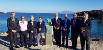 Los Defensores del Pueblo de España reivindican una adecuada atención a los niños migrantes en una declaración en Tarifa