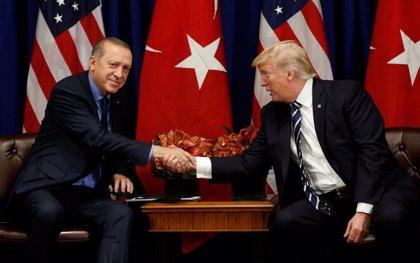 Trump advirtió por carta a Erdogan contra una ofensiva en Siria y le pidió un acuerdo con las fuerzas kurdas