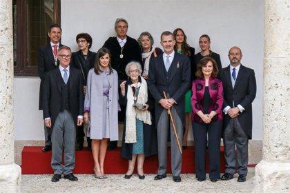 Cultura convoca el Premio Cervantes 2019 con 125.000 euros de dotación
