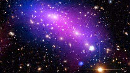 El IFIC celebra el día de la materia oscura en planetarios de València, Castellón y Tenerife