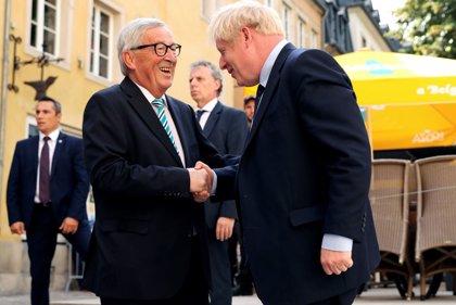 Juncker confirma un acuerdo con Reino Unido sobre el Brexit