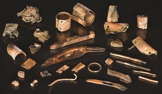 Los útiles de un guerrero de la Edad del Bronce, excavados en Alemania