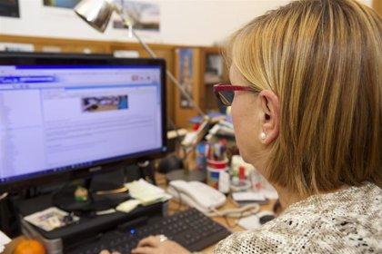 Las empresas cántabras, por debajo de la media en conexión a internet y firma digital y por encima en página web