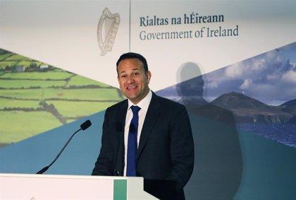"""El primer ministro irlandés ve """"bueno"""" el acuerdo del Brexit y destaca que """"no hay frontera dura"""""""