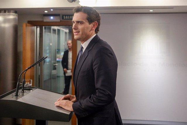 El president de Cs, Albert Rivera, intervé després de la reunió amb el president del Govern en funcions, Pedro Sánchez, a La Moncloa, a Madrid (Espanya) 16 d'octubre del 2019.
